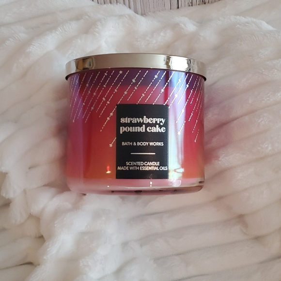 New Bath and Bodyworks 3 Wick Candle